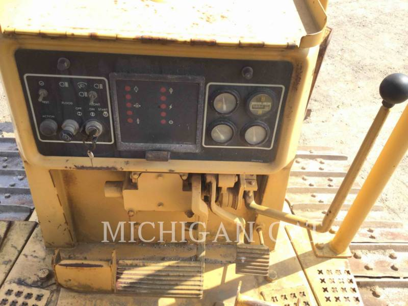CATERPILLAR TRACK TYPE TRACTORS D4HII equipment  photo 6