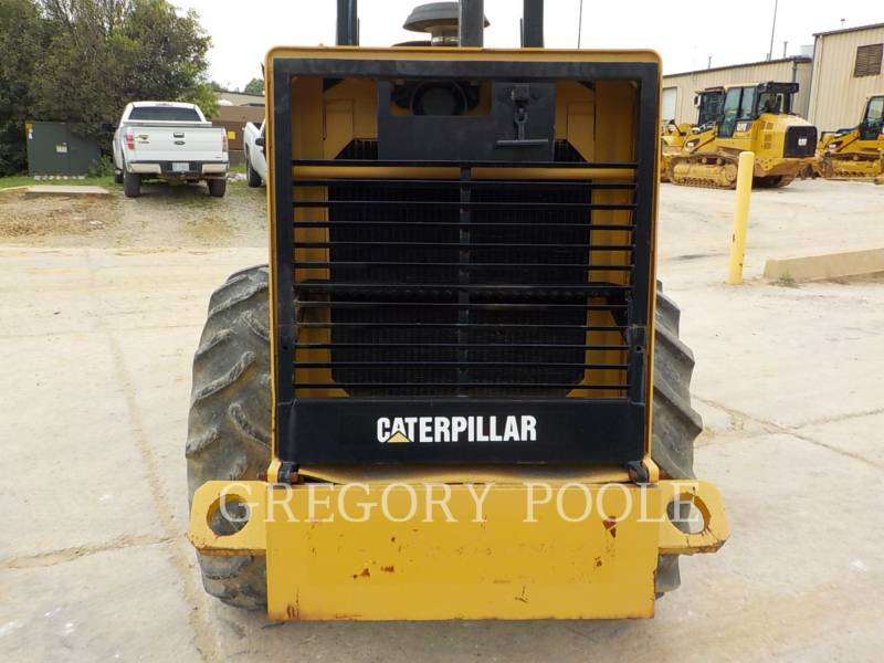 CATERPILLAR VIBRATORY SINGLE DRUM PAD CP-433C equipment  photo 14