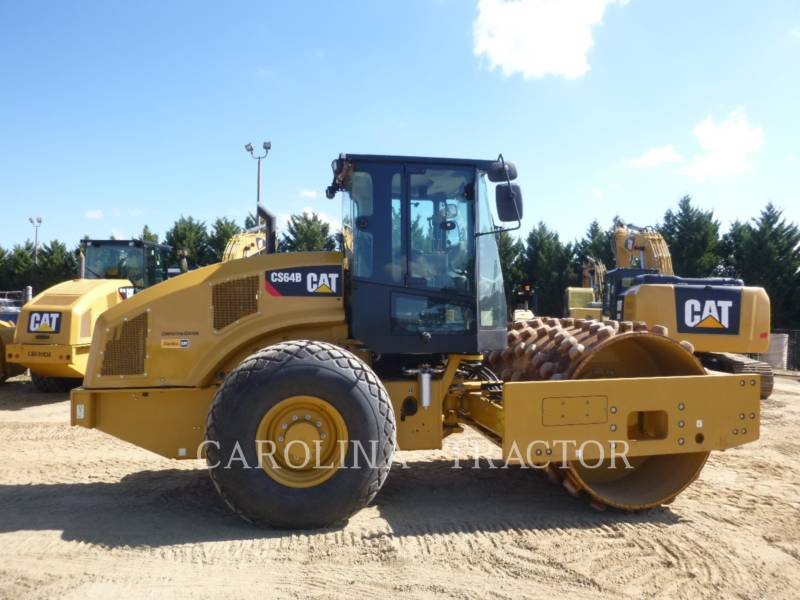 CATERPILLAR VIBRATORY TANDEM ROLLERS CS64B CB equipment  photo 4