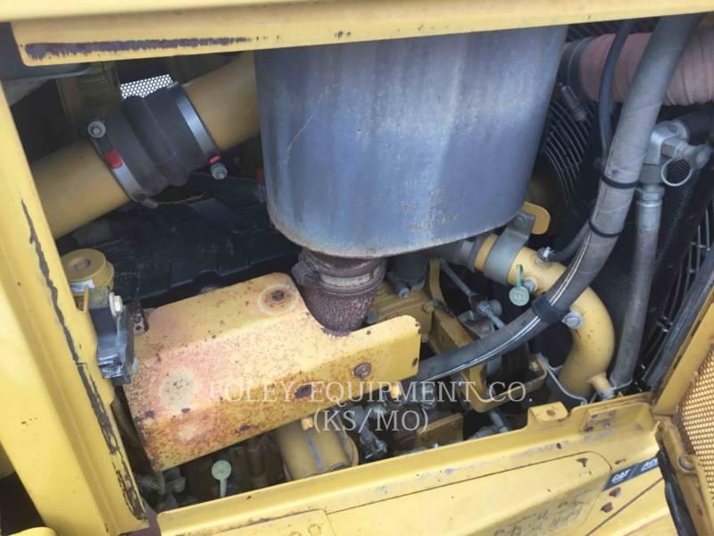 CATERPILLAR TRATTORI CINGOLATI D6T equipment  photo 15