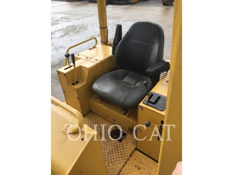 CATERPILLAR TRACK TYPE TRACTORS D3B equipment  photo 5