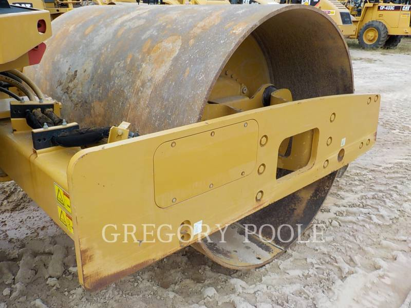 CATERPILLAR VIBRATORY SINGLE DRUM SMOOTH CS54 equipment  photo 18