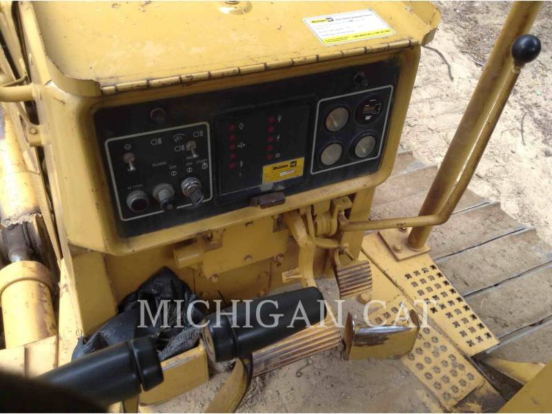 CATERPILLAR TRATORES DE ESTEIRAS D4HX equipment  photo 12