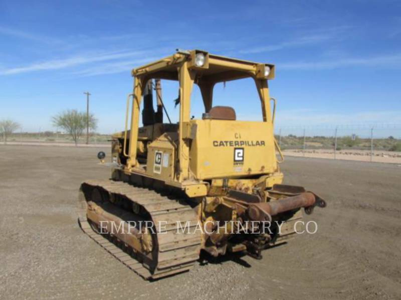 CATERPILLAR TRACK TYPE TRACTORS D5B equipment  photo 3