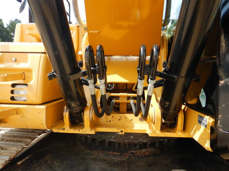 CATERPILLAR TRACK EXCAVATORS 329 F L equipment  photo 24