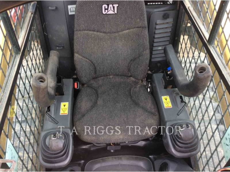 CATERPILLAR SKID STEER LOADERS 289D AH equipment  photo 11