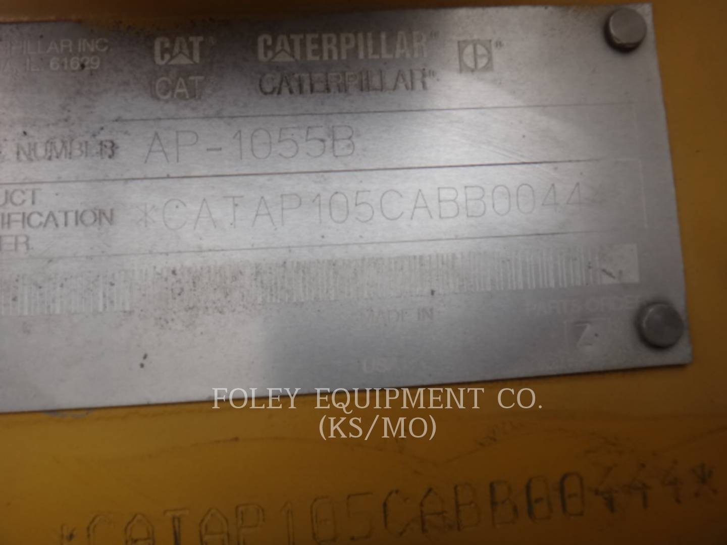 Detail photo of 2002 Caterpillar AP1055B from Construction Equipment Guide