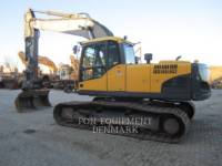 Equipment photo VOLVO CONSTRUCTION EQUIPMENT EC210CL PELLES SUR CHAINES 1