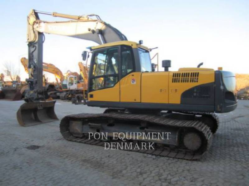 VOLVO CONSTRUCTION EQUIPMENT TRACK EXCAVATORS EC210CL equipment  photo 11