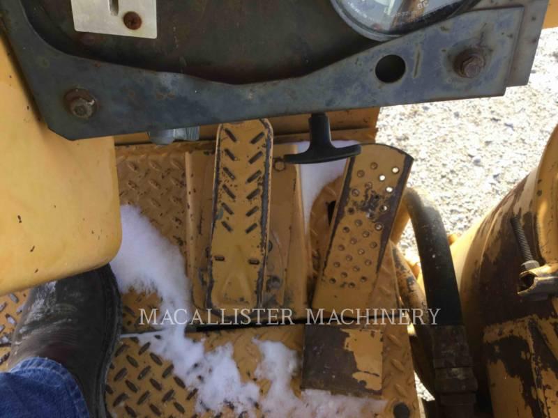 DRESSER ホイール・トラクタ・スクレーパ 412B equipment  photo 9