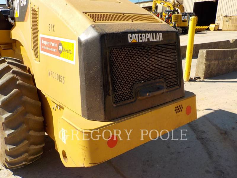 CATERPILLAR VIBRATORY SINGLE DRUM PAD CP-44 equipment  photo 14