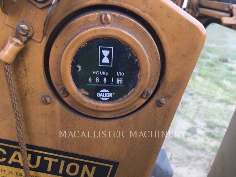 DRESSER MOTOR GRADERS A550 equipment  photo 13
