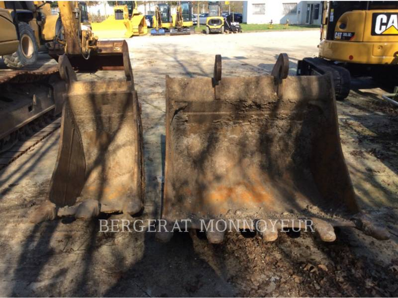 CATERPILLAR TRACK EXCAVATORS 319DL equipment  photo 14