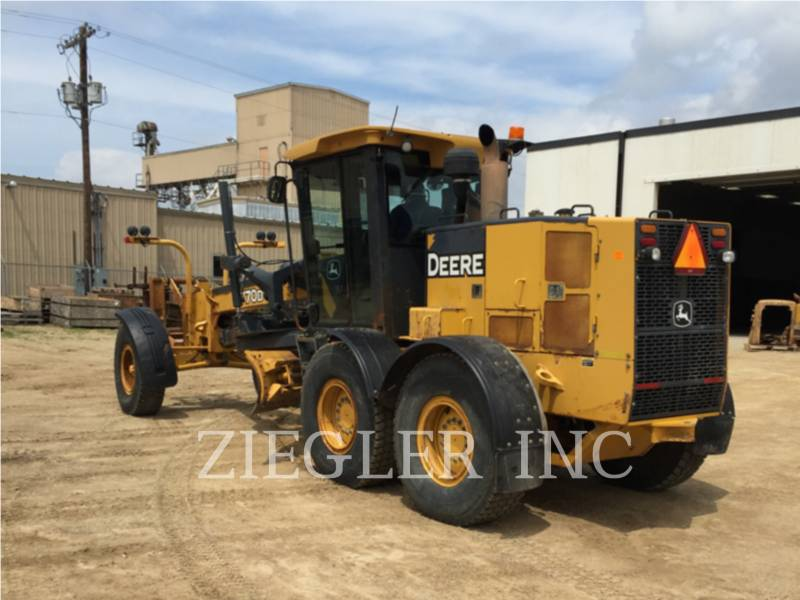 DEERE & CO. MOTORGRADER 770D equipment  photo 3