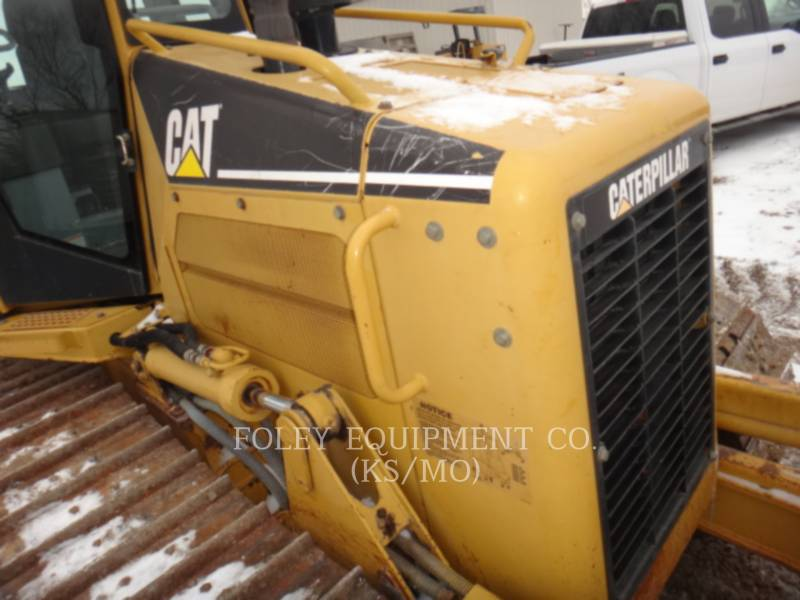 CATERPILLAR KETTENDOZER D5G equipment  photo 8