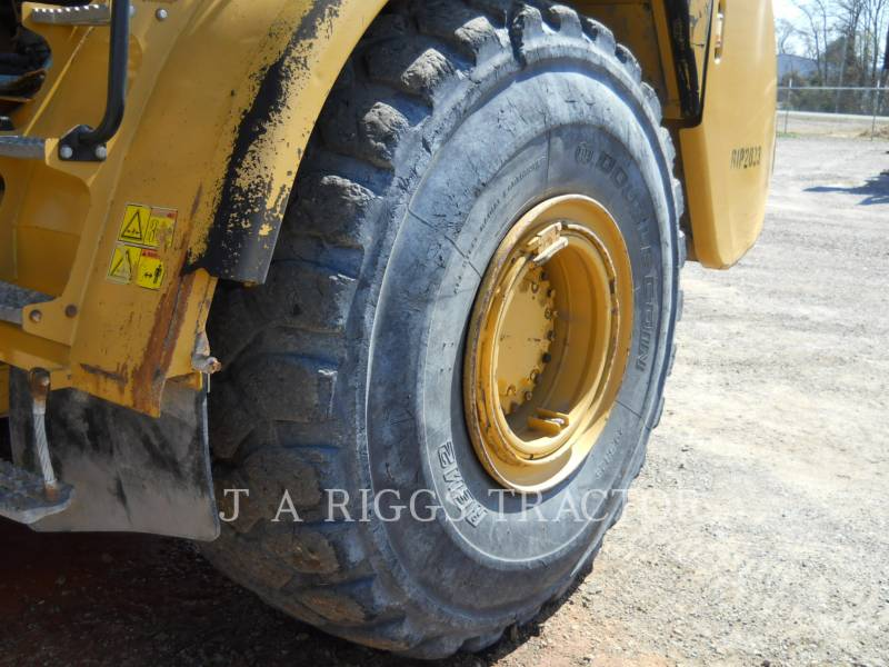 CATERPILLAR ARTICULATED TRUCKS 740 T equipment  photo 15