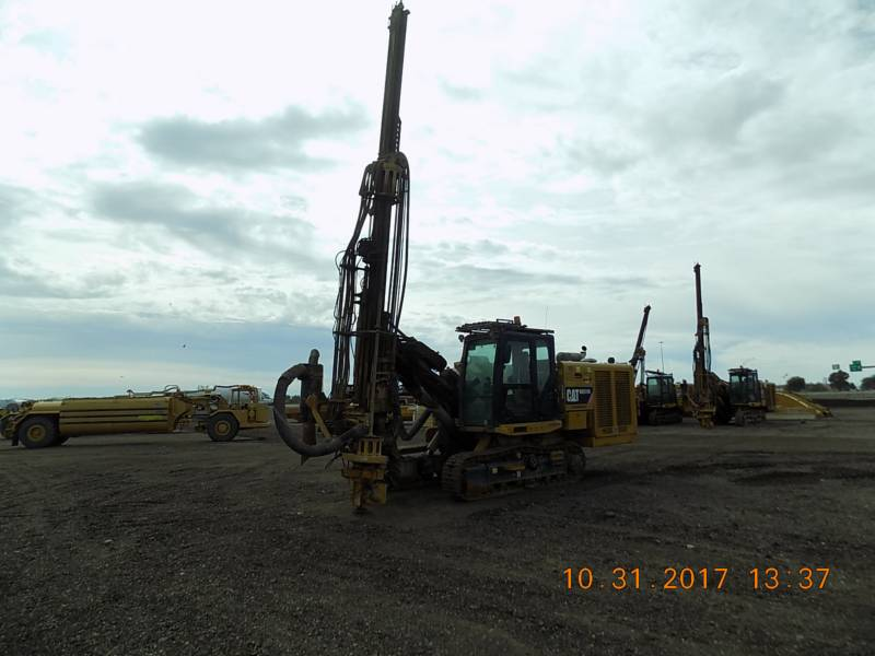 CATERPILLAR HYDRAULIC TRACK DRILLS MD5150C equipment  photo 1