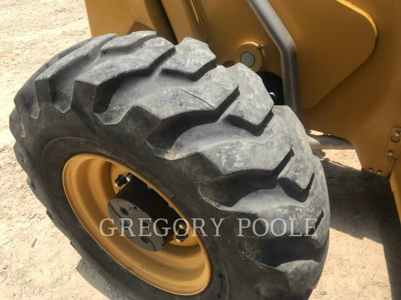 CATERPILLAR TELEHANDLER TL1255D equipment  photo 16