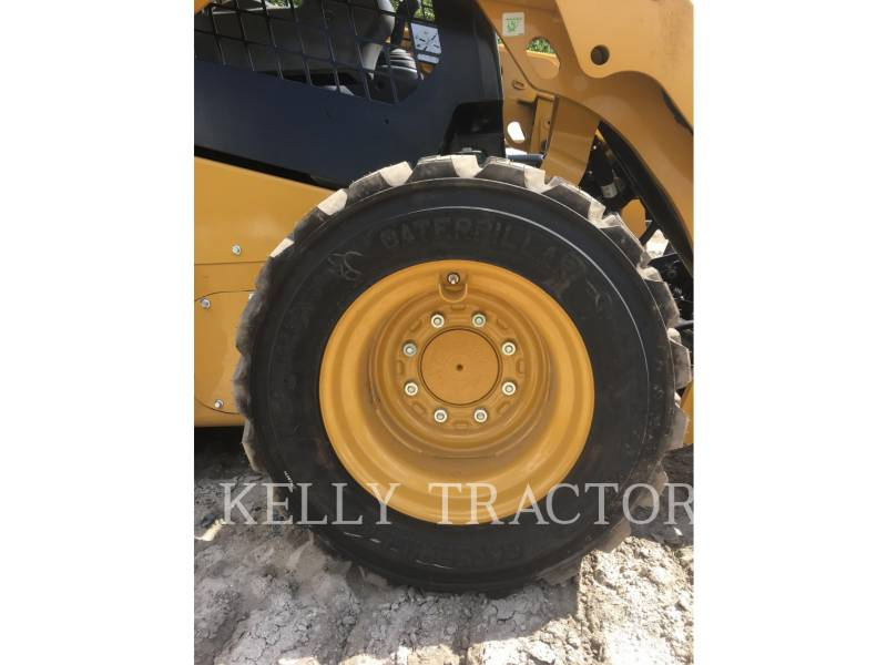 CATERPILLAR SKID STEER LOADERS 236 D equipment  photo 13