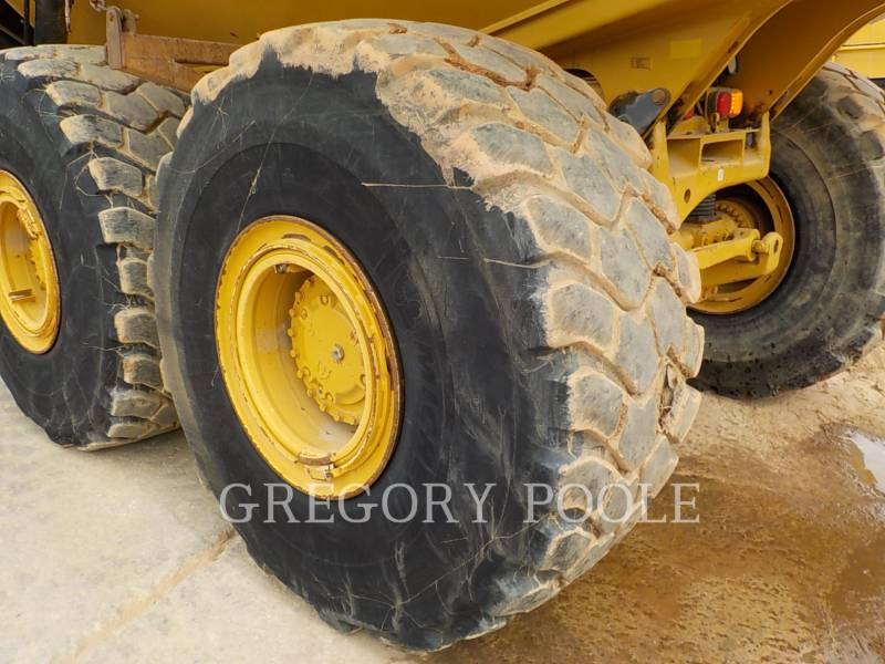 CATERPILLAR CAMIONES ARTICULADOS 740B equipment  photo 20