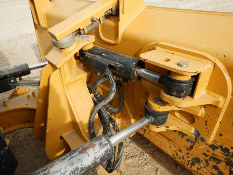 CATERPILLAR TRACTORES DE CADENAS D5K2LGP equipment  photo 18