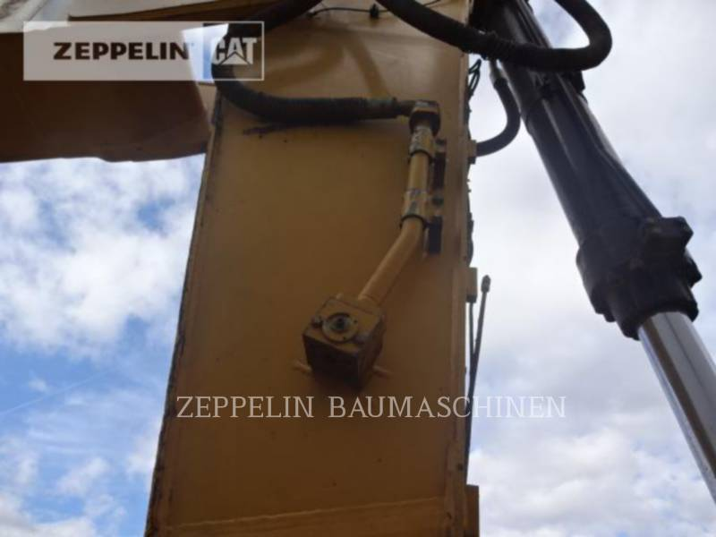 CATERPILLAR TRACK EXCAVATORS 336DL equipment  photo 21