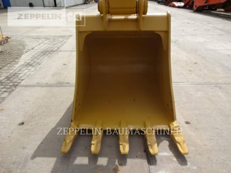CATERPILLAR TRACK EXCAVATORS 320D2L equipment  photo 21