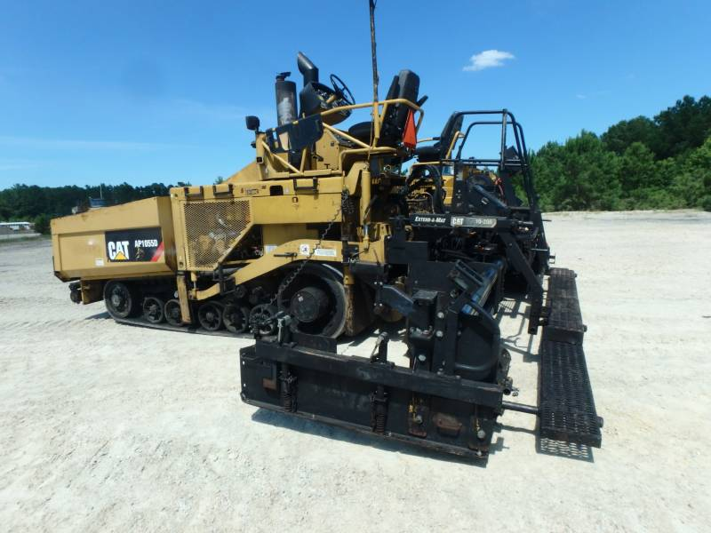 CATERPILLAR PAVIMENTADORES DE ASFALTO AP-1055D equipment  photo 2