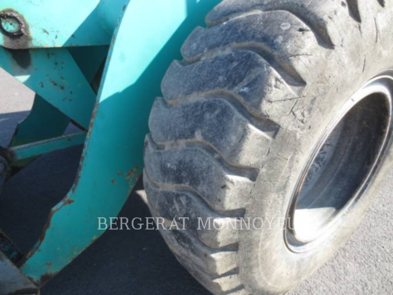 KOMATSU WHEEL LOADERS/INTEGRATED TOOLCARRIERS WA120 equipment  photo 8