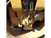 CATERPILLAR COMPACTEURS TANDEMS VIBRANTS CB66B equipment  photo 9