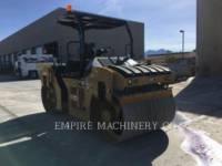 Equipment photo CATERPILLAR CB54B ROLO COMPACTADOR DE ASFALTO DUPLO TANDEM 1