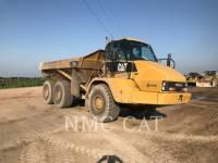 CATERPILLAR KNICKGELENKTE MULDENKIPPER 725 equipment  photo 4