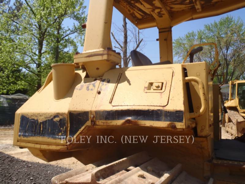 CATERPILLAR KETTENDOZER D5HIIXL equipment  photo 15