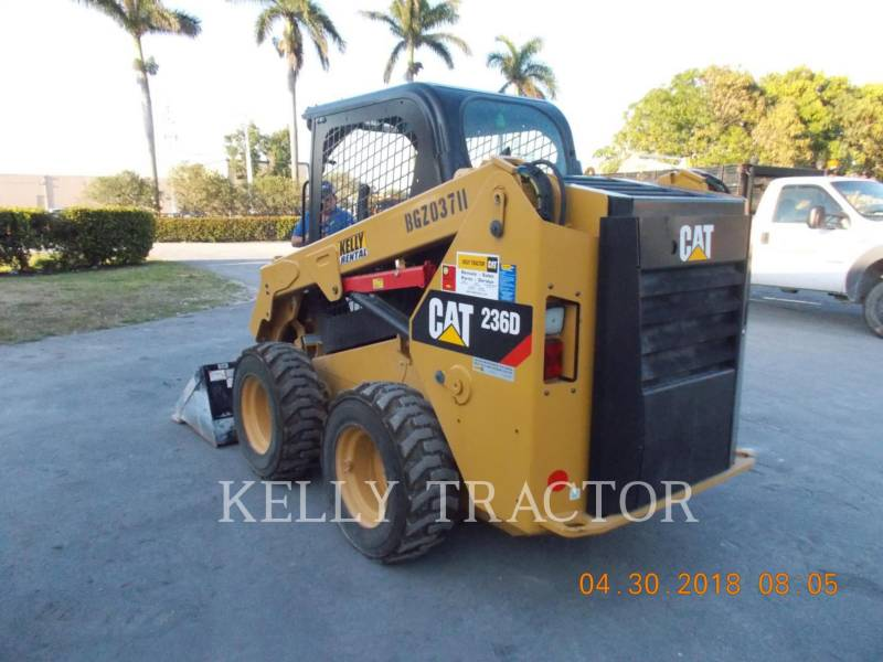 CATERPILLAR CHARGEURS COMPACTS RIGIDES 236D equipment  photo 4