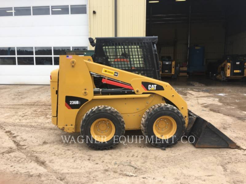 CATERPILLAR MINICARGADORAS 236B3 equipment  photo 3