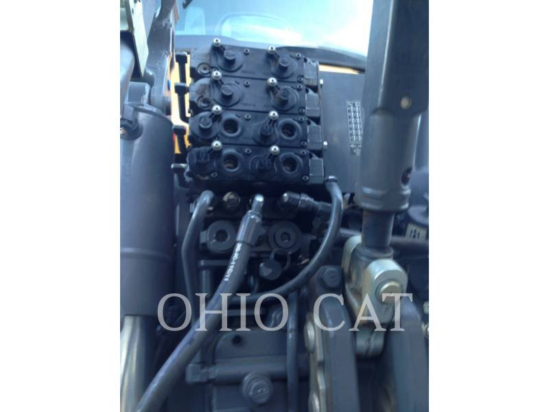 AGCO-CHALLENGER TRACTORES AGRÍCOLAS MT765D equipment  photo 11