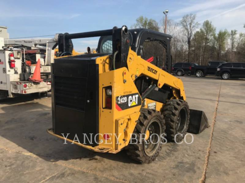 CATERPILLAR SKID STEER LOADERS 242D PDC equipment  photo 7