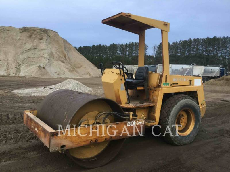 BOMAG COMPACTEUR VIBRANT, MONOCYLINDRE LISSE BW172D equipment  photo 2