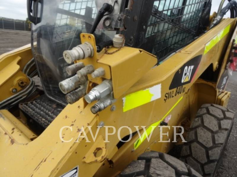 CATERPILLAR SKID STEER LOADERS 246C equipment  photo 21
