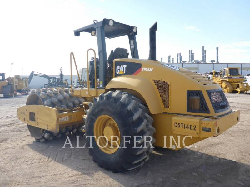 CATERPILLAR COMPACTEUR VIBRANT, MONOCYLINDRE LISSE CP563E equipment  photo 3