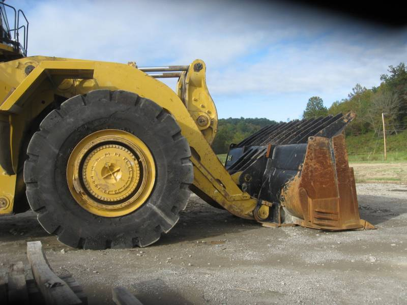 CATERPILLAR BERGBAU-RADLADER 994H equipment  photo 8