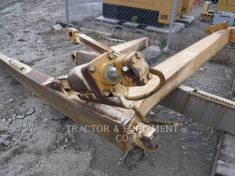 CATERPILLAR TRACK TYPE TRACTORS D6R LGP equipment  photo 13