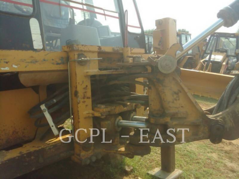 CATERPILLAR BAGGERLADER 424B equipment  photo 5