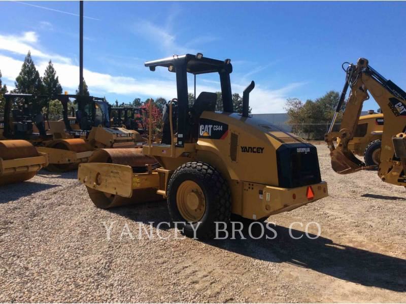 CATERPILLAR COMPACTEURS CS44 equipment  photo 3