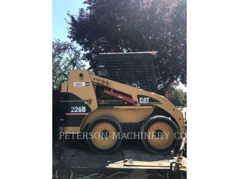 CATERPILLAR PALE COMPATTE SKID STEER 226B equipment  photo 2