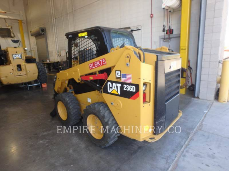 CATERPILLAR CHARGEURS COMPACTS RIGIDES 236D equipment  photo 3