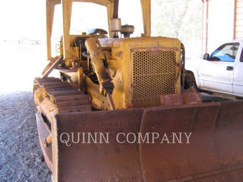 CATERPILLAR TRATORES DE ESTEIRAS D6B equipment  photo 1