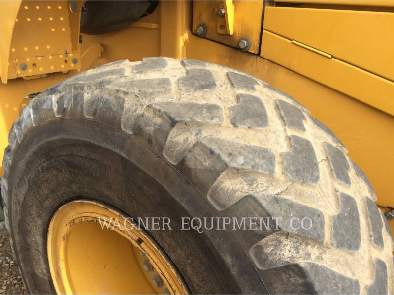 DEERE & CO. WHEEL LOADERS/INTEGRATED TOOLCARRIERS 624K equipment  photo 17