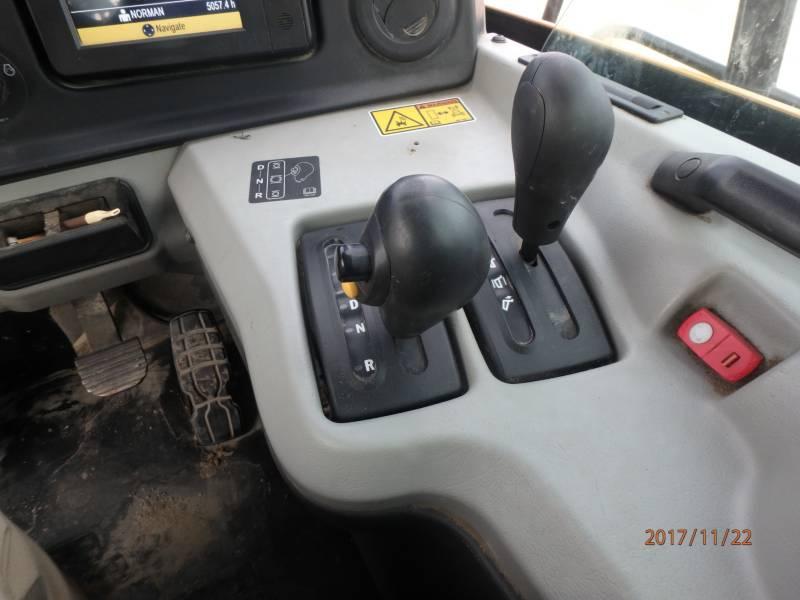 CATERPILLAR アーティキュレートトラック 745C equipment  photo 18