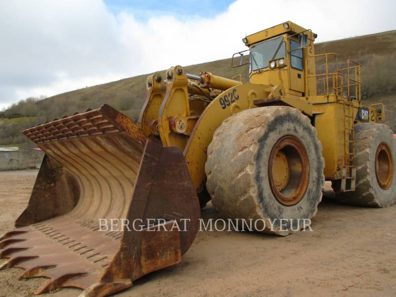 CATERPILLAR CARGADORES DE RUEDAS 992C equipment  photo 2